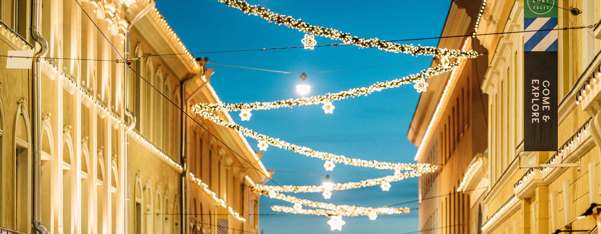 Torikorttelit jouluvalaistus